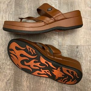 Harley Davidson Platform thong brown sandals Size6